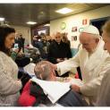 Đức Thánh Cha viếng thăm một nhà dưỡng lão ở Roma