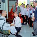 Gia đình Phạt Tạ thăm nhà hưu dưỡng giáo phận Nha Trang