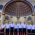 Phái đoàn HĐGM Việt Nam viếng mộ Đức Cha Pierre Lambert de la Motte