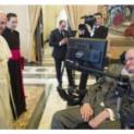 Stephen Hawking, một đời say mê khoa học