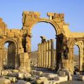 Tổ chức Hồi giáo cực đoan IS phá hủy cổng vòm 2000 năm tuổi ở Palmyra