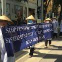 Quý sơ Dòng Phaolô Hà Nội xuống đường đòi lại quyền sở hữu hợp pháp trên mảnh đất 42 Lý Thường Kiệt,Hoàn Kiếm, Hà Nội