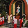 Giáo Xứ Thánh Linh, Giáo Phận Phú Cường khánh thành tượng đài Lòng Chúa Thương Xót.