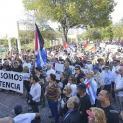 Biểu tình tại thủ đô Cuba, Havana đòi chấm dứt chế độ độc tài gia đình trị của anh em họ Castro