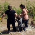 Các Giám Mục Hoa Kỳ đòi phải hành động trước cái chết thương tâm của cha con người di dân El Salvador