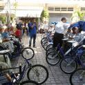 TPB – VNCH: trao tặng xe lăn, xe lắc, máy đo huyết áp, kính mắt và máy trợ thính