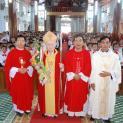 GP.VINH: 198 em Giáo xứ Văn Phú lãnh nhận Bảy Ơn Cả Chúa Thánh Thần