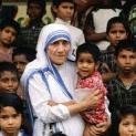 Phản đối lời bình luận về chân phước Têrêsa của lãnh đạo Ấn giáo