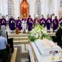 Đức Cha Micae Hoàng Đức Oanh Chủ Sự Thánh Lễ An Táng Cố Nhạc Sĩ Tô Hải (nhạc sĩ đã bỏ đảng theo Chúa)
