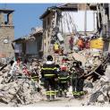 Đức Thánh Cha Phanxicô đã gửi đội ngũ các nhân viên cứu hỏa và các hiến binh Vatican hỗ trợ các nạn nhân trận động đất tại Amatrice