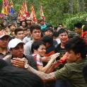Hình ảnh bất thường của người Việt